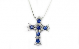 Pendant with diamonds and sapphires