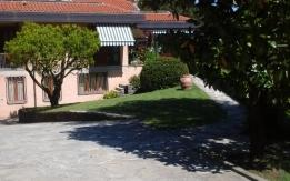 Villa in Roletto